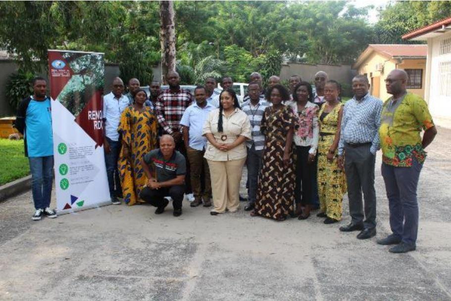 RENOI : Les OSC membre de RENOI-RDC formés en création et gestion de base de données sur l'exploitation forestière